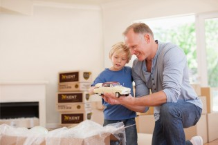 Top 5 tips for moving with kids